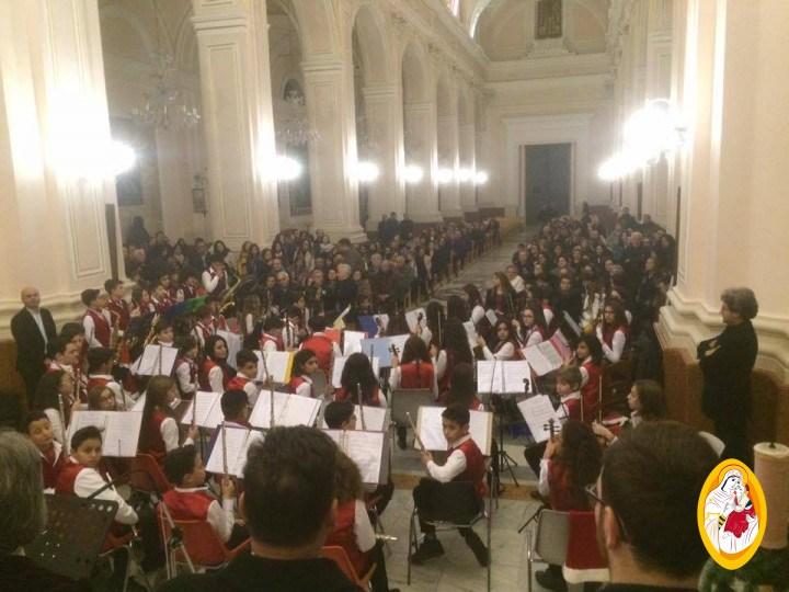 """Concerto di Musica Classica dell'Orchestra sinfonica e del Coro della Scuola """"L. Sturzo"""" di Biancavilla"""