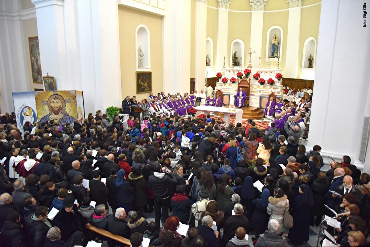 Cattedrale di Santa Maria della Neve - Celebrazione di apertura della Porta della Misericordia