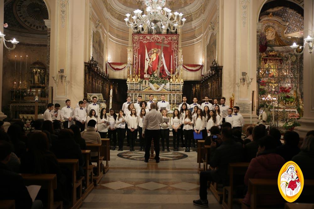 """Pasqua di Misericordia. Concerto della Corale polifonica giovanile """"Maria SS. del Rosario"""" di Adrano"""
