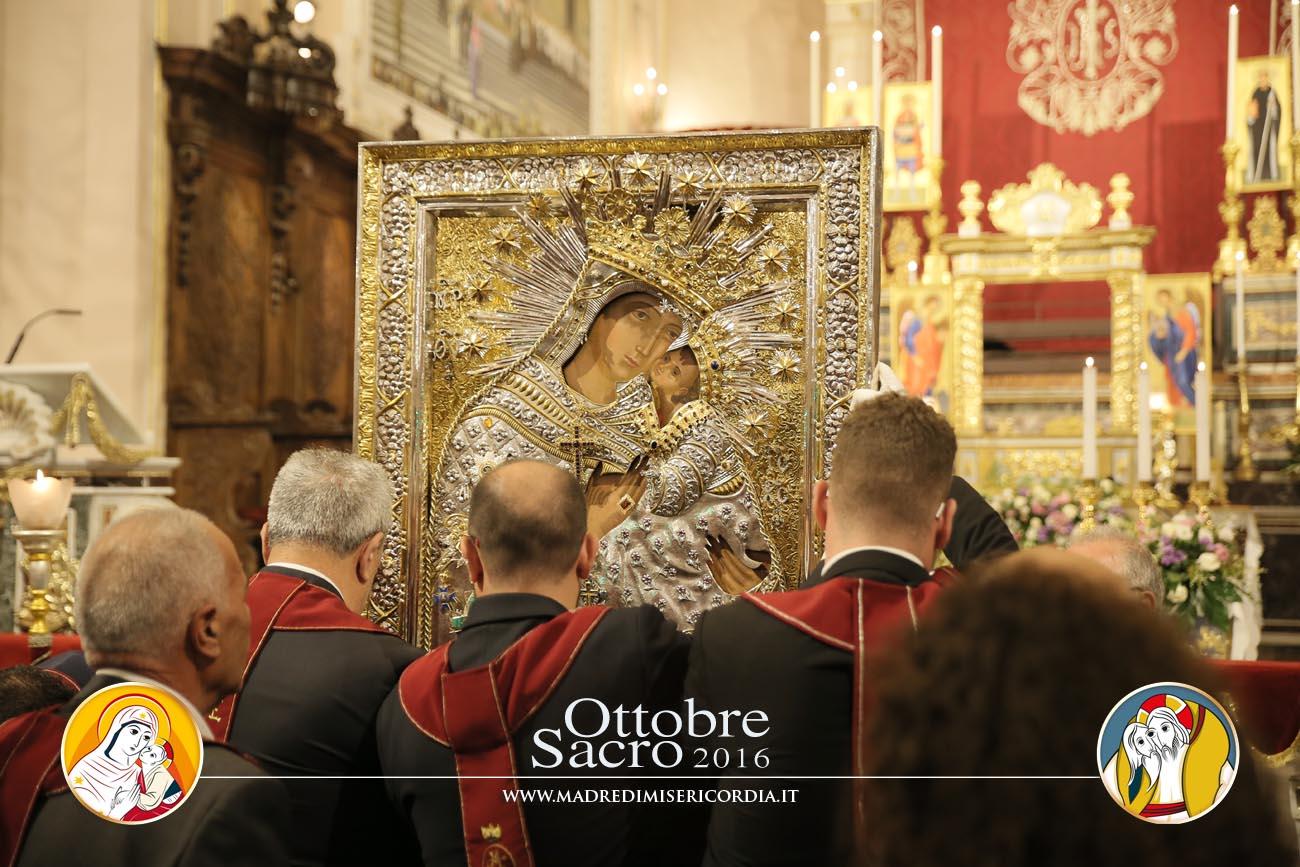 Pontificale e processione dell'Icona di Maria SS. dell'Elemosina