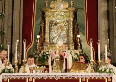 pontificale153